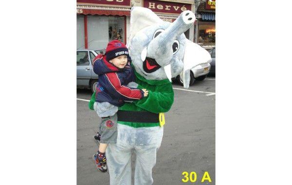 Mascotte éléphant 30 A
