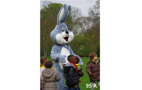 Mascotte lapin bleu gris 95 A