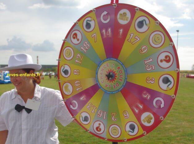 location roue de loterie jeux de kermesse petite enfance jeux en bois kermesse petite. Black Bedroom Furniture Sets. Home Design Ideas