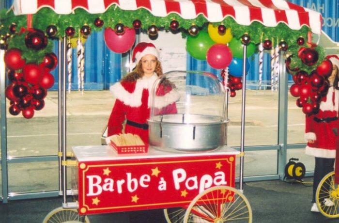 location Stand barbe à papa sur grand chariot Noël ile de france